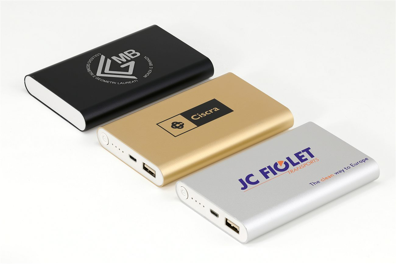 3 Power Banks Silver Gold Black Cd051