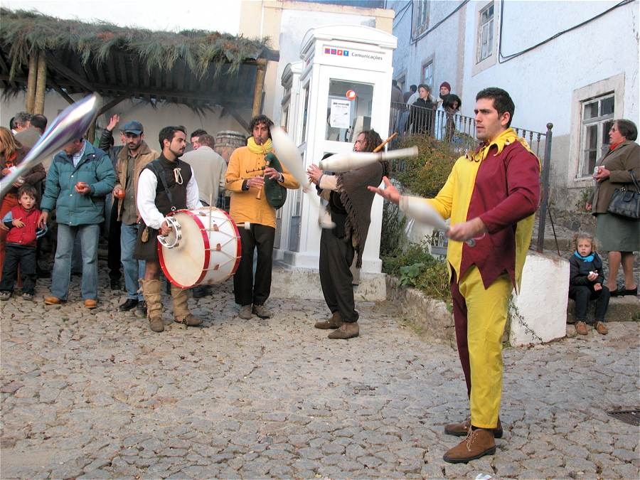Traditional musicians and juggler at the Marvao Feira da Castanha